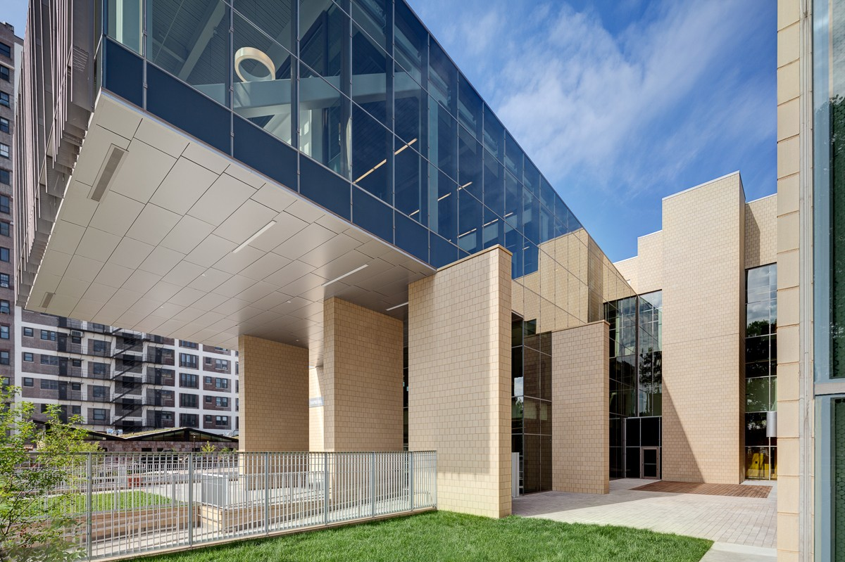 architectural photography, photographer, exterior photography, matt dula, lab school, chicago